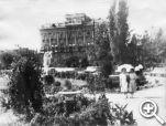 Так выглядело здание театра в довоенном Сталинграде